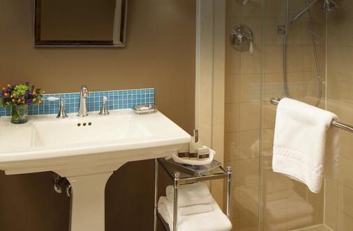 里滕豪斯1715精品酒店 - 费城 - 浴室
