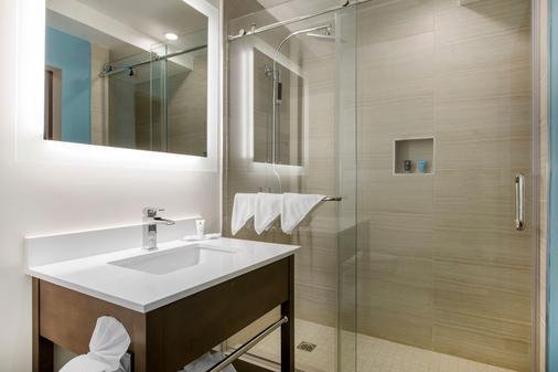 海湾酒店(阿桑德连锁酒店会员) - 长滩 - 浴室