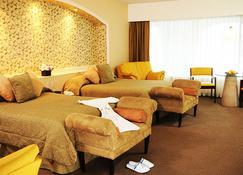巴卢克特了弗瑞克米纳酒店 - 萨卡特卡斯 - 睡房