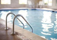 丹佛市中心凯悦广场酒店 - 丹佛 - 游泳池
