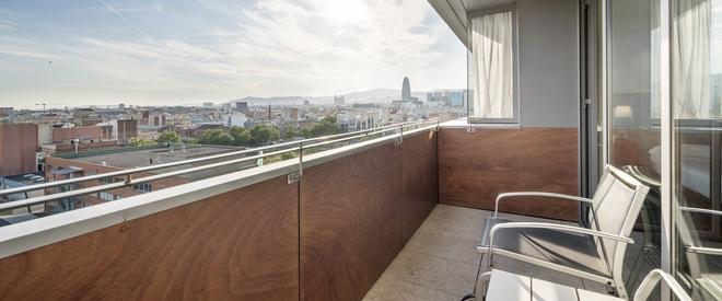巴塞罗那依路尼恩酒店 - 巴塞罗那 - 阳台