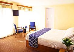 Hotel Horzay - 列城 - 睡房