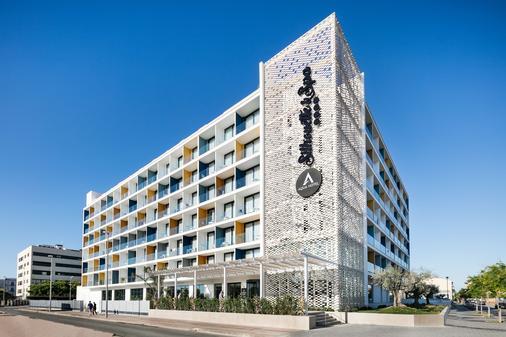 斯恩特爱酷Spa中心 - 仅限成人入住 - 滨海马尔格拉特 - 建筑