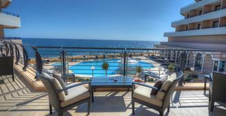 Radisson Blu Resort, Malta St Julian's - 圣朱利安斯 - 阳台