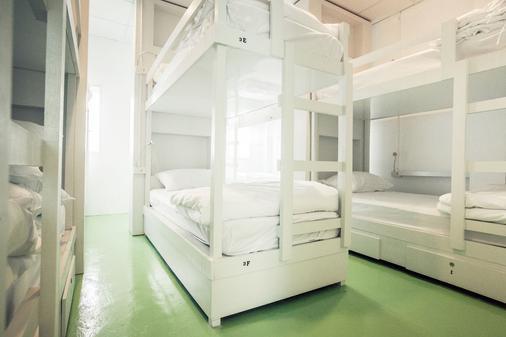 尚佳旅舍 - 普吉岛 - 睡房