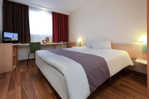 宜必思柏林米特酒店 - 柏林 - 睡房