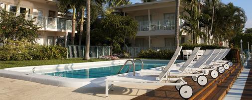 威尼斯酒店 - 劳德代尔堡 - 游泳池