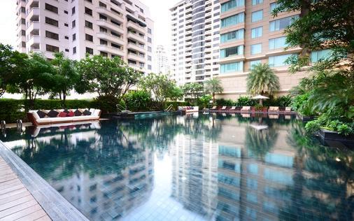 曼谷拉查丹利中心酒店 - 曼谷 - 游泳池