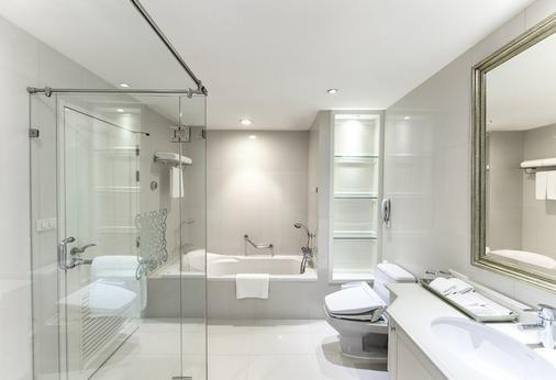 曼谷拉查丹利中心酒店 - 曼谷 - 浴室