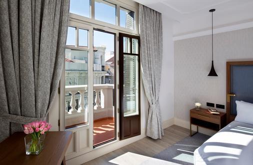 马德里-普拉多希尔顿逸林酒店 - 马德里 - 阳台