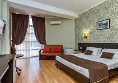 Hotel Pontos - 阿纳帕 - 睡房