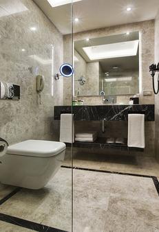 德德曼博斯坦哲伊斯坦布尔酒店及会议中心 - 伊斯坦布尔 - 浴室