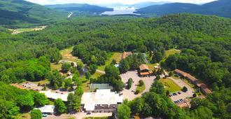羅靈布魯克牧場和度假村 - 乔治湖 - 户外景观