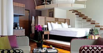 梦妮坦艺术酒店 - 卢塞恩 - 睡房