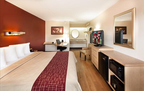威克斯巴勒红屋顶酒店 - 威克斯巴勒 - 睡房