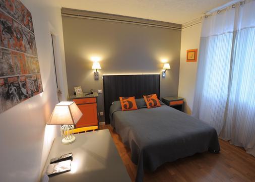 意大利人酒店 - 图尔 - 睡房