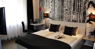 阿尔特杜兹城市舞台酒店 - 科隆 - 睡房