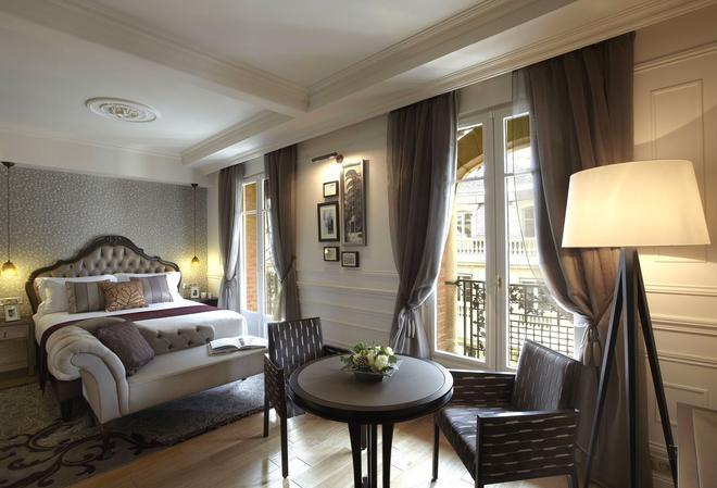 巴黎卢浮宫馨乐庭酒店 - 巴黎 - 睡房