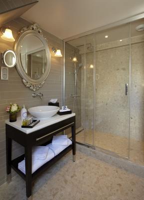 巴黎卢浮宫馨乐庭酒店 - 巴黎 - 浴室
