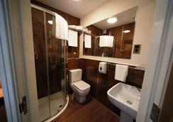 维乐酒店 - 曼彻斯特 - 浴室