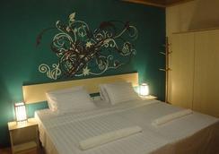 斯汀格瑞海滩酒店 - 马富施 - 睡房