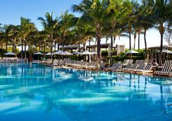 南海滩W度假村 - 迈阿密海滩 - 游泳池