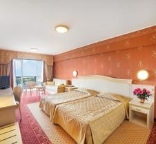马杰斯迪克帕拉斯酒店