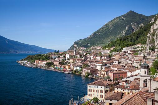 富丽堂皇的宫殿酒店 - Limone sul Garda - 户外景观