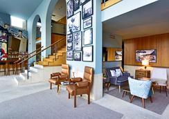 波尔图世界遗产佩斯塔纳复古酒店 - 波尔图 - 休息厅