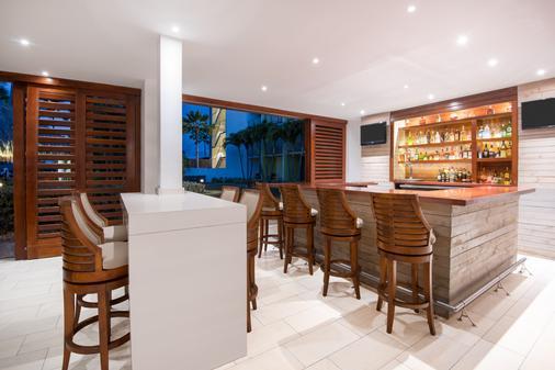 阿鲁巴假日酒店 - 海滩度假村及赌场 - 棕榈滩 - 酒吧