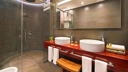 Amari Hotel Doha - 多哈 - 浴室