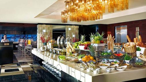Amari Hotel Doha - 多哈 - 自助餐