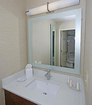 北查尔斯顿春季山丘万豪套房酒店 - 北查尔斯顿 - 浴室
