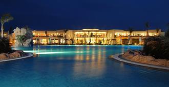 希尔顿鲨鱼湾度假酒店 - Sharm el-Sheikh - 建筑