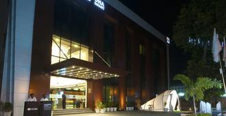 阿姆利则亨博尔酒店 - 阿姆利则 - 建筑