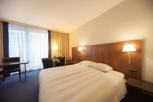 布鲁塞尔伯莱蒙特西尔肯酒店 - 布鲁塞尔 - 睡房