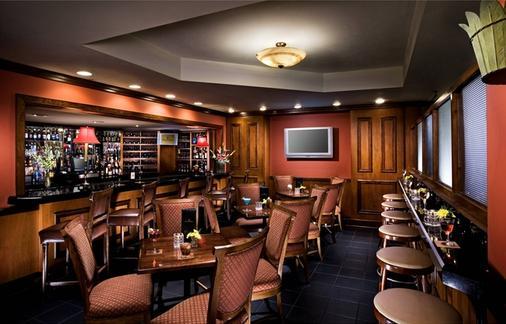 弗朗西斯马里恩酒店 - 查尔斯顿 - 酒吧
