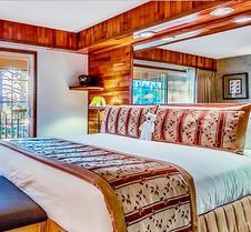 太浩湖畔滑雪酒店