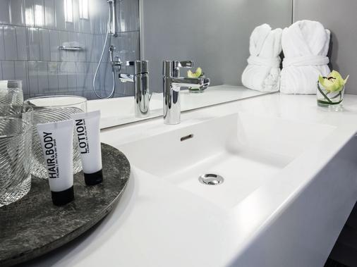 柏林H·奥赛罗K`80酒店 - 柏林 - 浴室