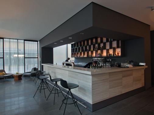 柏林H·奥赛罗K`80酒店 - 柏林 - 酒吧