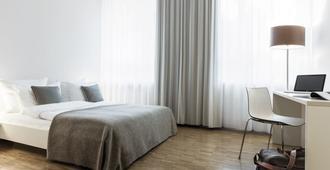艾趣奥泰罗F22酒店 - 慕尼黑 - 睡房
