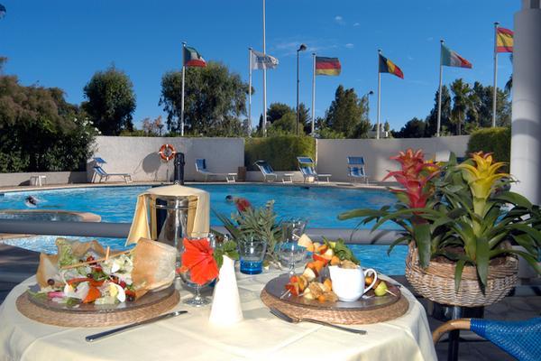 雷迪森公园尼斯酒店 - 尼斯 - 食物