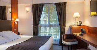 安培酒店 - 巴黎 - 睡房