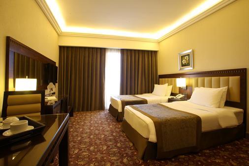 兰卡斯特劳切尔套房酒店 - 贝鲁特 - 睡房