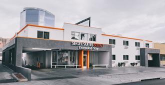 会议中心西格尔精选汽车旅馆 - 拉斯维加斯 - 建筑