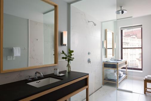 斯科菲尔德金普顿酒店 - 克利夫兰 - 浴室