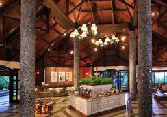 诺伟司吉里度假酒店及水疗中心 - 茂物 - 大厅