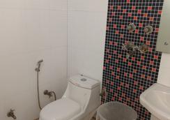 Hotel Sun Village - 新德里 - 浴室