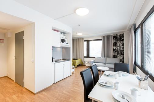 Forenom Aparthotel Helsinki Herttoniemi - 赫尔辛基 - 餐厅