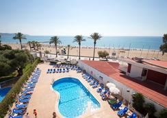 赛维集团特里内玛酒店 - 贝尼卡西姆 - 游泳池